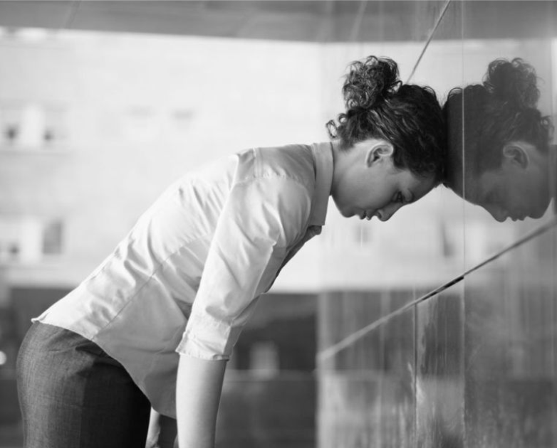 Reduz bloqueios causados por acumulação de raiva, frustração e exaustão